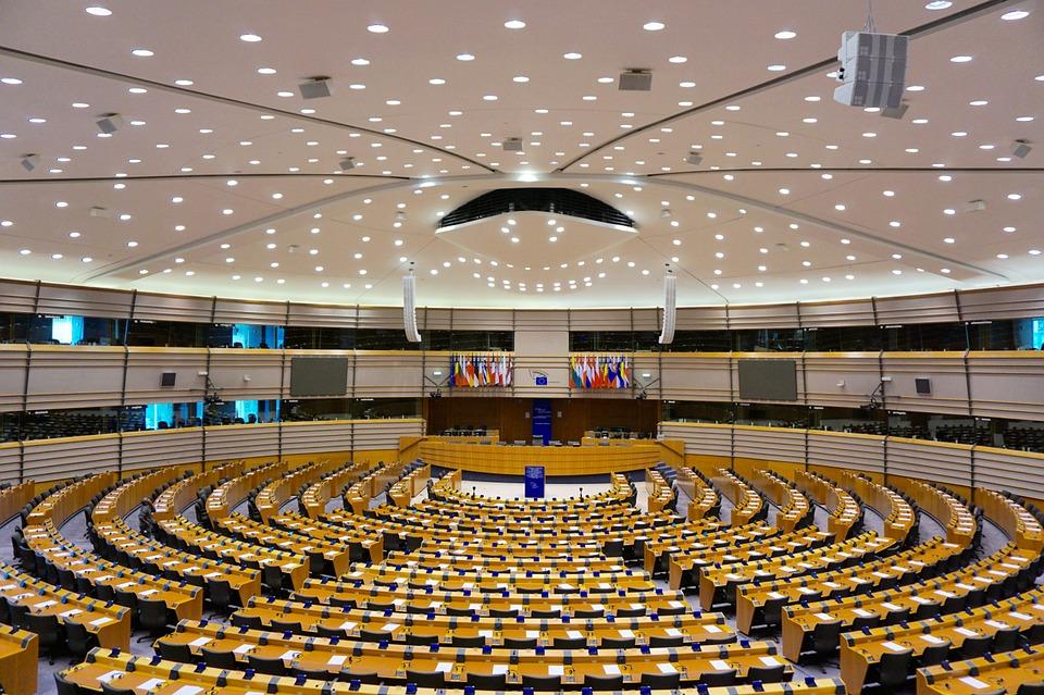 Omröstning i EU om viktiga internetlagar